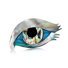 Fashion high-end eye brooch European and American personality Joker natural abalone shell corsage factory direct stock