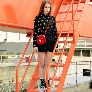 Image 4 - YIZI store women Vintage bag Velvet Embroidery Women Messenger Bags In Semi circle Round Shape Original Designed 2020 new TANTO