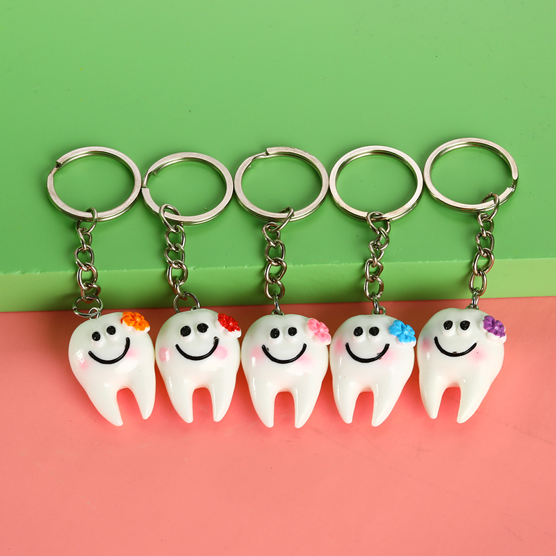 1/5Pcs Dental Simulation Pendant Tooth Keychain Cartoon Dental Lovely Decoration Dental Accessories Clinic Promotional Gifts