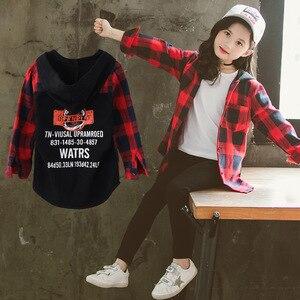 Image 2 - Mädchen Schule Blusen Herbst Frühling 2020 Kinder Hoodies Plaid Shirt Langarm Brief Drucken Tops für Kleinkind Baby Kinder Kleidung