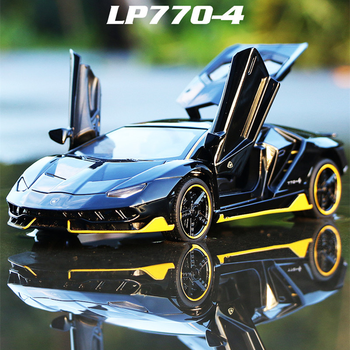 LP770 740 1:32 Lamborghinis Car Alloy Sports Car Model Diecast Sound Super Racing Lifting Tail Hot Car Wheel For Children Gifts