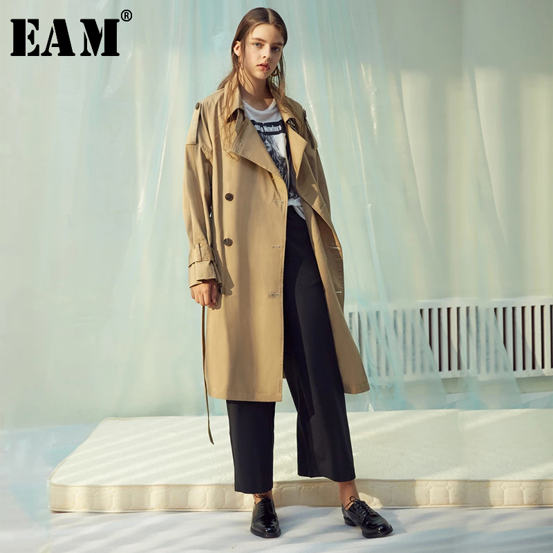 [EAM] Women Double Breasted Long Big Size Trench New Lapel Long Sleeve Loose Fit Windbreaker Fashion Tide Spring 2020 JX143