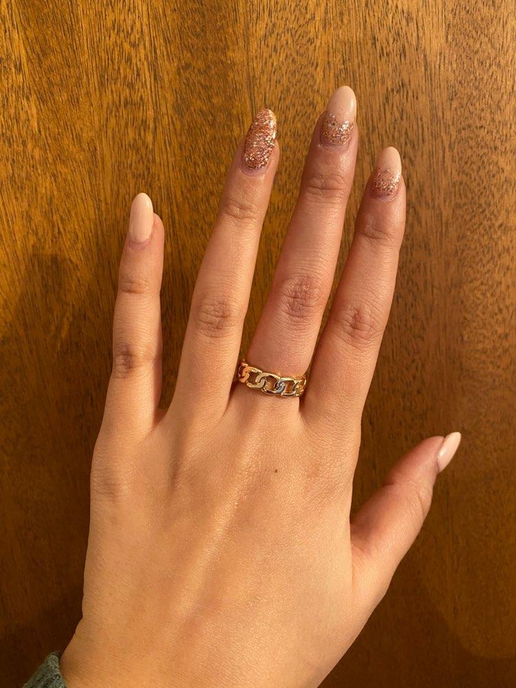 Beautiful Women's Chic Chunky Ring. | Moon Discount
