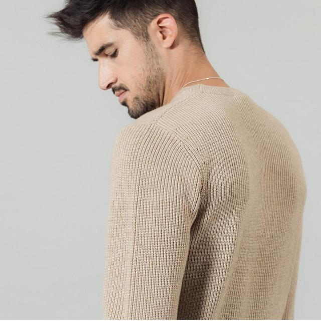 Jacquard sweater with o-neck and front letter print