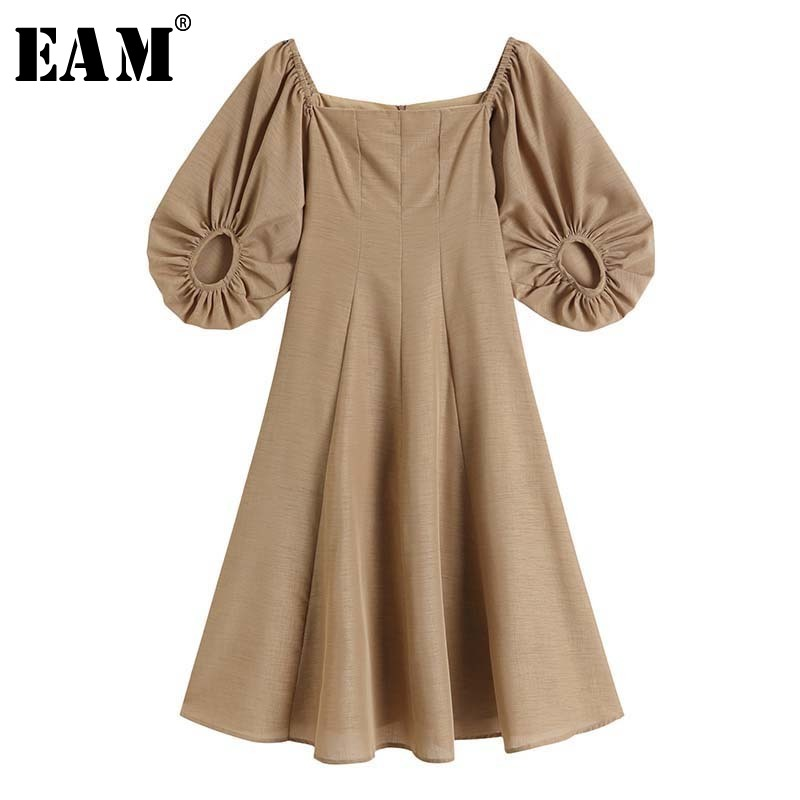 [EAM] Women Khaki Pleated Long Vintage Dress New Square Collar Half Puff Sleeve Loose Fit Fashion Tide Spring Summer 2020 1W269
