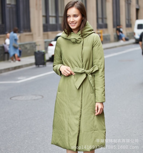 Factory Outlets Wholesale 2020 Winter New Luxury 90% Goose Down Parkas Female Warm Was Thin Longer Hooded Down Coat Jacket F161