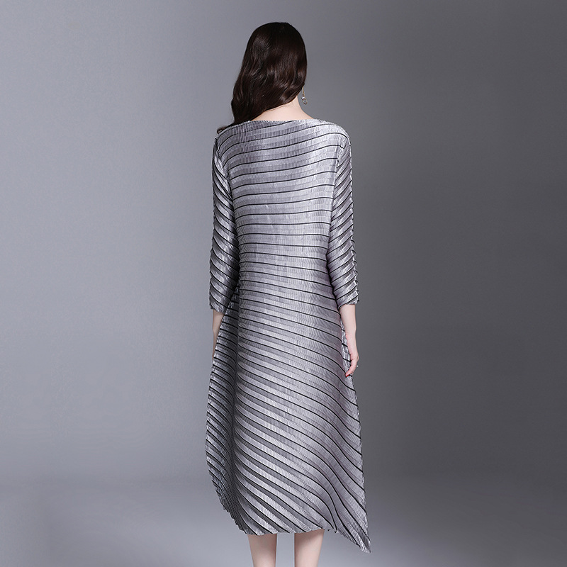 LANMREM Office Lady High-end Temperament Solid Full Sleeve Plus Size Sexy Women Pleated Dress 2020 Autunmn New Dresses AI951 3