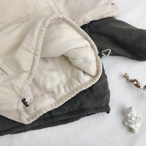 Image 3 - WLG hiver garçons filles parkas enfants velours à capuche à manches longues lettre imprimé beige gris manteau bébé vêtements épais