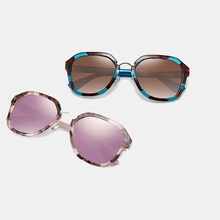 PARZIN gafas de sol polarizadas TR90 para mujer, Estilo Vintage femeninos de anteojos de sol, adecuados para conducir, con estuche, color negro