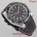 Мужские стерильные часы Bliger  39 мм  с черным циферблатом  сапфировым стеклом  светящимися метками  резиновым ремешком  датой и керамическим о...