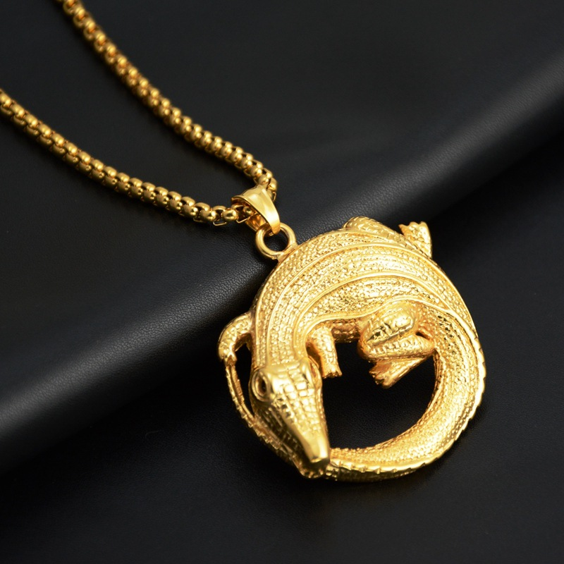 New Hip Hop Crocodile Disc Pendant Necklace Gold Color Chains Titanium Steel For Mens Fashion Jewelry Gifts
