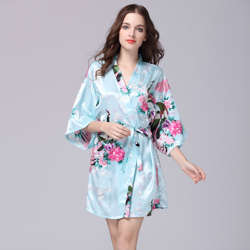Chinese style New Women Sexy Satin Peacock print Nightwear Loose Kaftan Bath Gown Night Dress Sleepwear Night Dress in Robes from Underwear Sleepwears