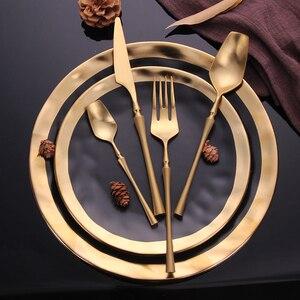 "Image 4 - נירוסטה סכו""ם סט זהב סט כלי אוכל מערבי סכו""ם כלי שולחן כלי אוכל מתנה לחג המולד מזלגות סכיני כפיות"