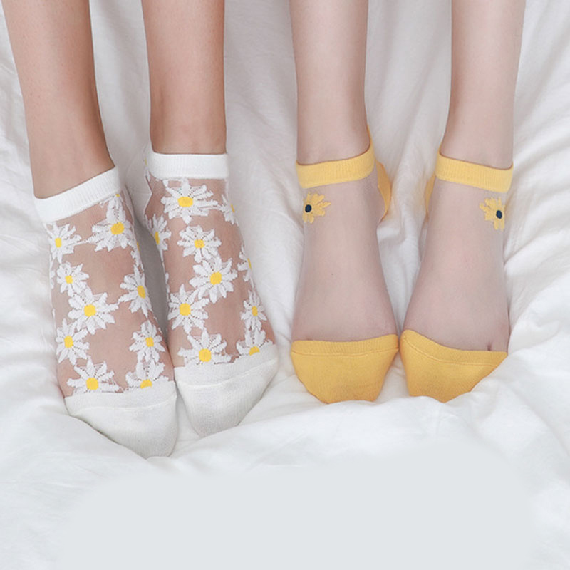 Women Summer Socks Girls Sweet Daisy Embroidery Short Socks Transparent Soft Princess Ankle Socks Female Breathable Elastic Sox