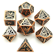 Più nuovo di lusso poliedrico metallo dice hollow DND dadi set 7 pz/set dobbelstenen d4-d20 dobbelsteen dados rpg(China)