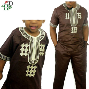 Image 1 - H & D T 셔츠 남성용 2 개 세트 Kids Boys 아프리카 대시키 히피 옷 아버지 아들 Bazin Riche 자수 탑 바지 정장 가운
