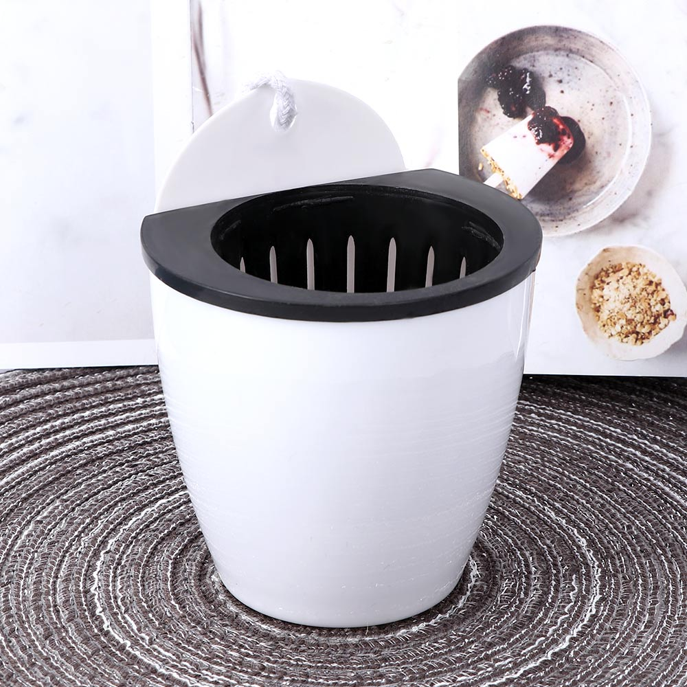 Self Watering Plant Flower Pot Wall Hanging Round Resin Plastic Planter Basket Garden Supply