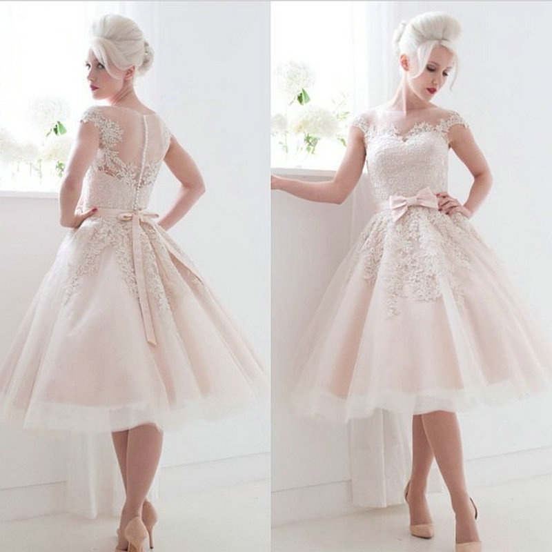Vintage Style Cap Sleeves Bow Lace Tea Length Ball Gown Short Bride Gown 2018 Short Evening Party Mother Of The Bride Dresses