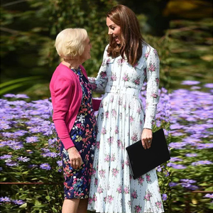 XF Kate midleton-платье принцессы, элегантное весеннее и осеннее платье с отворотом, длинным рукавом, поясом, из хлопка и конопли с розовым принтом, ...
