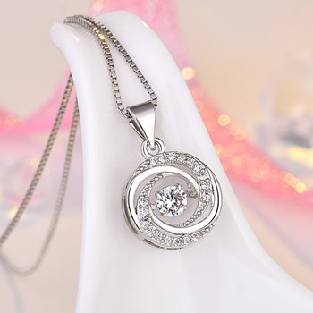 Flickering Series Platinum Plated Necklace Beating Heart Chokers Necklace with Shiny Rhinestone for Women Jewelry A132QWZU image