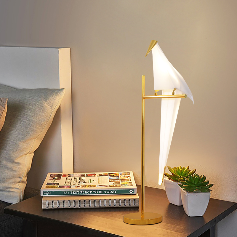 Modern Bedroom Bedside Table Lamps Art