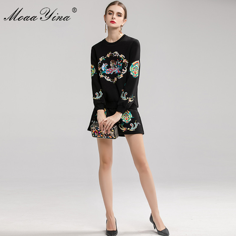 Image 5 - MoaaYina Fashion Designer Suit Spring Autumn Women Embroidery  Pullover knitting Tops Shorts Elegant Two piece setWomens Sets   -