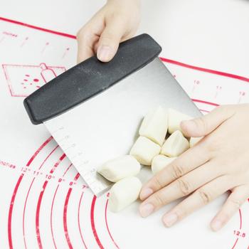 6 5-calowe akcesoria do ciast akcesoria kuchenne nóż do mąki ze stali nierdzewnej ze skalą ciasta i dodatki do ciasta do tortu do pieczenia tanie i dobre opinie CN (pochodzenie) Siekacze do ciasta Jednorazowe PS001 STAINLESS STEEL Narzędzia do pieczenia i cukiernicze