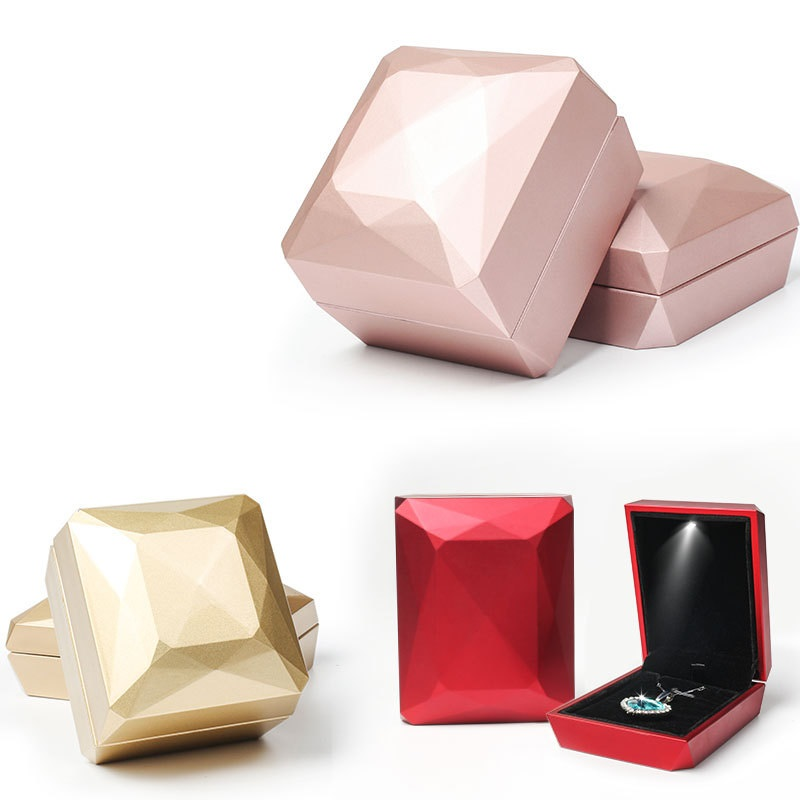 High Quality Jewelry Box For Ring Pendant Necklace Storage Gifts Case Packaging Display With Diamond Parcel Button Battery LED