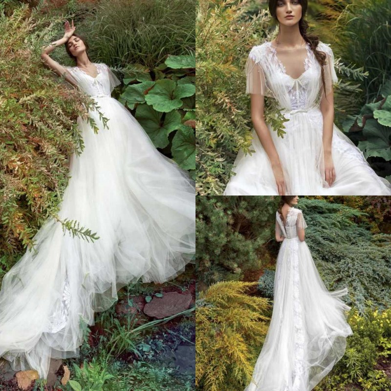 2020 Wedding Dresses V Neck Lace Appliques A Line Bridal Gowns Sexy Backless Sweep Train Boho Wedding Dress