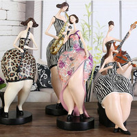 WU CHEN LONG Abstract Guitar Violin Band Fat Lady Sculpture Music Character Art Figurines Resin Art&Craft Home Decoration R2337