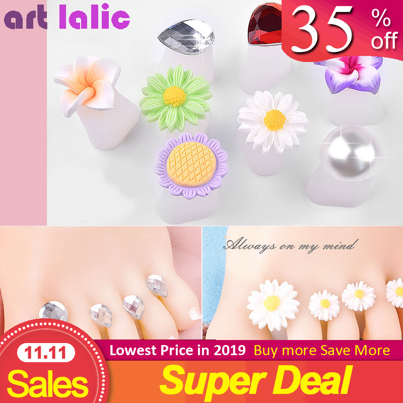 8 Pcs/Pack Toe Separator Cute Soft Silicone Toes Lock Tools Daisy Heart Shaped Rhinestones Nail Art 2019 Japanese Style