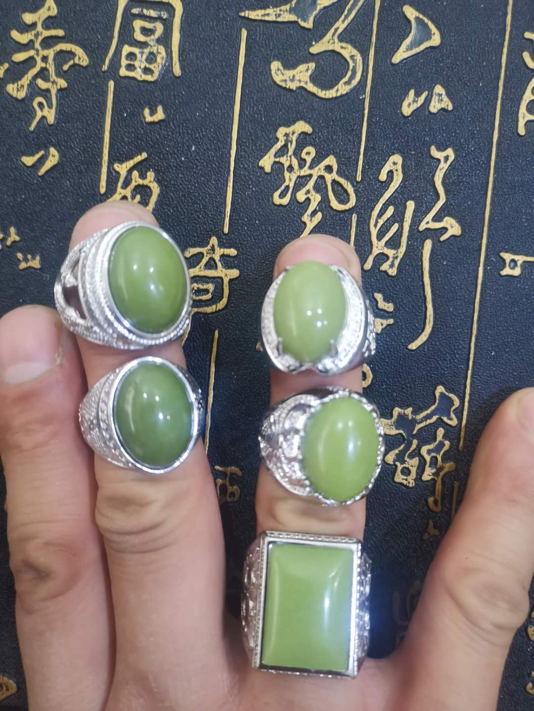 Naturel un anneau de jade vert avec 925 anneaux anneau brillant jadéite jade anneaux personnalisés par les clients