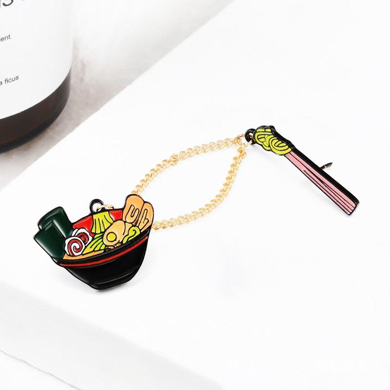 Cartoon Asian Ramen emalia szpilki makaron miska pałeczki łańcuch broszki odznaki kurtki koszula przypinka biżuteria prezenty dla przyjaciół