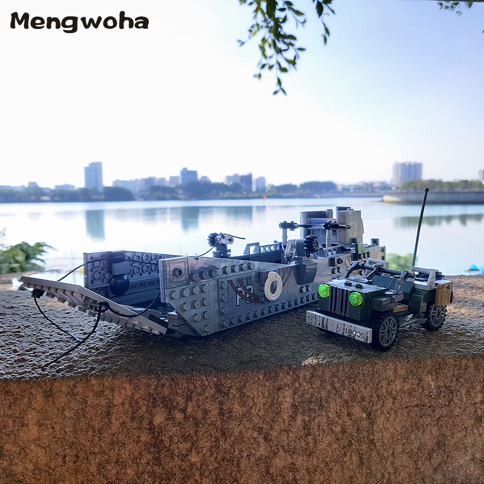 Image 3 - 413pcs WW2 Army Building Blocks USA LCM3 Landing Ship Military Battleship bricks With 6 soldier figures model Toys for childrenBlocks   -