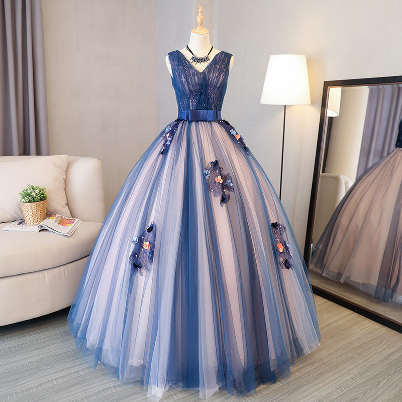 Quinceanera Dresses Sexy V-neck Ball Gown Lace Gorgeous Party Prom Foraml Homecoming Gowns Quinceanera Ruha