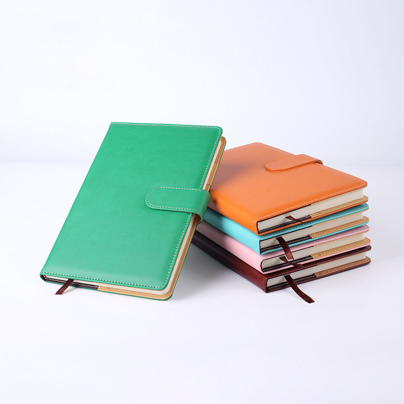 2020 Planner A5 Paper Pu Leather Notebook With Button Daily Memos