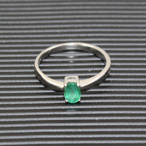 Image 2 - Promotion natural emerald wedding ring for woman 0.4 ct 4mm*6mm natural I grade emerald solid 925 silver emerald gemstone ring