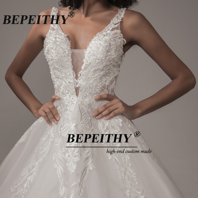 BEPEITHY Deep V Neck Lace Wedding Dress 2021 Ball Gown Bridal Court Train Sleeveless Women Indian Ivory Wedding Bouquet Gown New 4