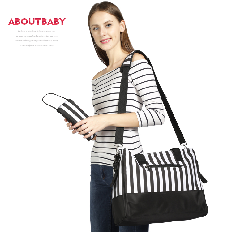 Mommy Diaper Bag With Hook & Changing Mat Large Capacity Mommy Backpacks