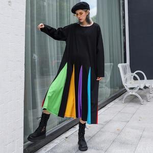 Image 3 - [EAM] נשים צבעוני פסים Hem גדול גודל שמלה חדש עגול צוואר ארוך שרוול Loose Fit אופנה גאות באביב סתיו 2020 1D621