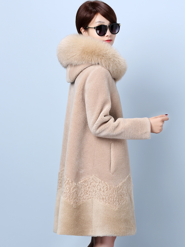 Fur Real Coat Winter Jacket Women Sheep Shearling 100% Wool Coat Female Fox Fur Collar Suede Leather Jacket NKK19816