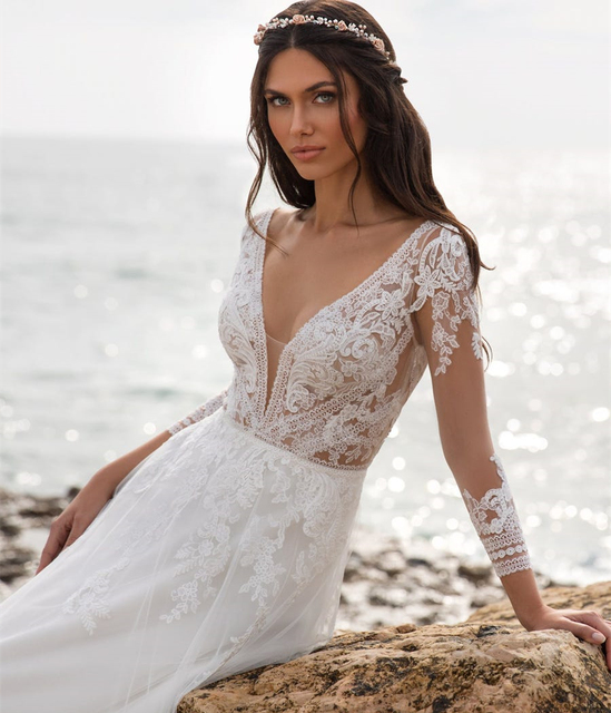 Boho Beach Wedding Dress 2021 A-Line V-Neck Long Sleeve Lace Appliques Tulle Backless Bohemian Bride Gown Sexy Charming Robe 3