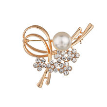 Flower Simulated Pearl Brooch Pin Dress Rhinestone Decoration Brooch Pins Jewelry Brooches Wedding For Men Women cmajor flower shaped brooch with pearl jewelry silver gold color brooches for women