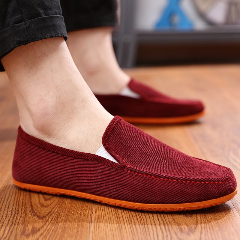 Brand Fashion Style Soft Moccasins Men Loafers High Quality Shoes Men Flats Driving Shoes Men Casual Shoes Luxury Breathable New