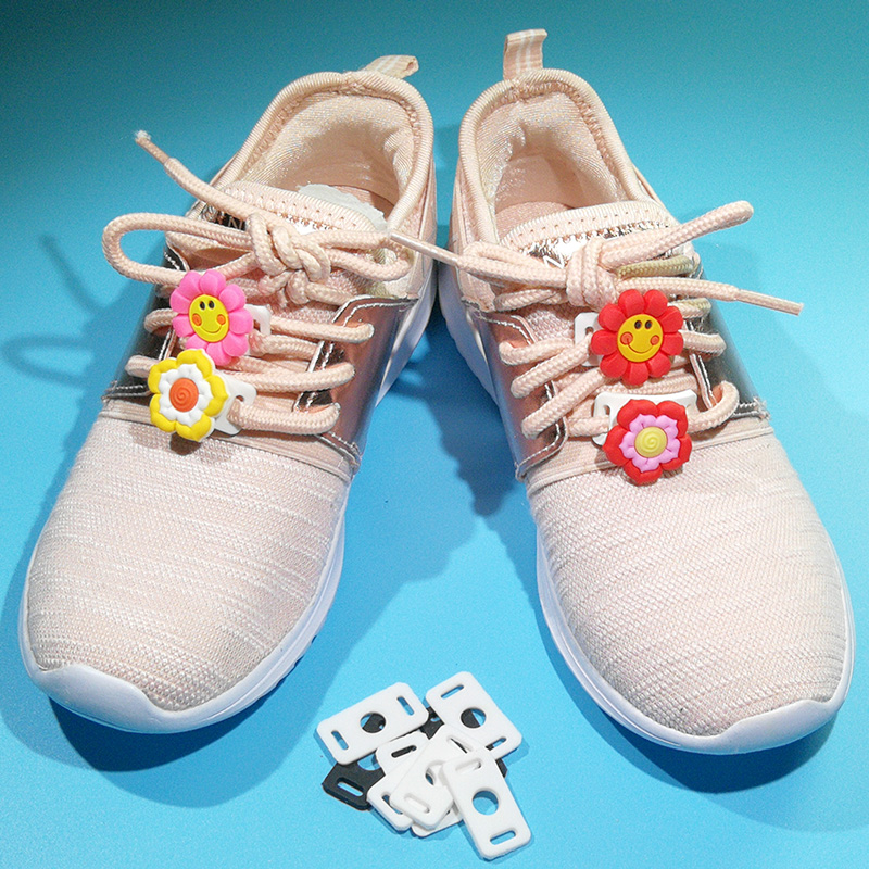 10pcs/lot PVC White And Black Shoelace Buckle Charms Shoe Lace Adapter Gifts For Children Girls Cute Shoelace Decorations