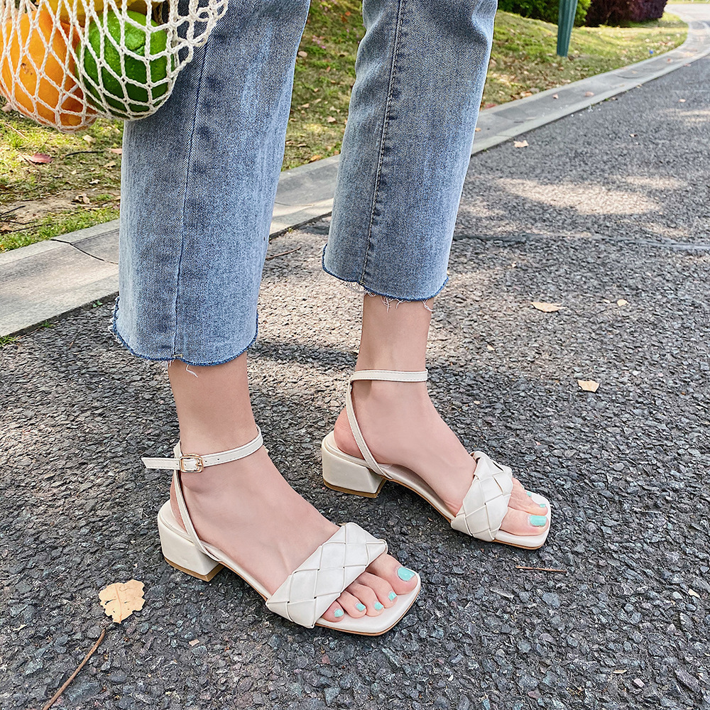 2020 Summer Ankle Buckle Strap Stiletto Heels Sandles Open Toe Women Gladiator Sandals Pinch Narrow Band Ladies Square Shoes