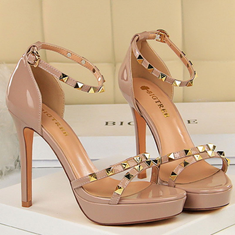 <font><b>Sexy</b></font> Nightclub <font><b>High</b></font> <font><b>Heels</b></font> 2.5cm with Waterproof Platform Patent Leather Metal Rivets with <font><b>Women</b></font> <font><b>Sandals</b></font> Fashion Studded <font><b>Pumps</b></font> image