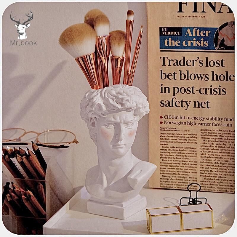 Creative David Sculpture Pen Holder Desk Organizer Makeup Brush Organizer Flower Pot Imitation Plaster Vase Pen Box Crafts Gifts
