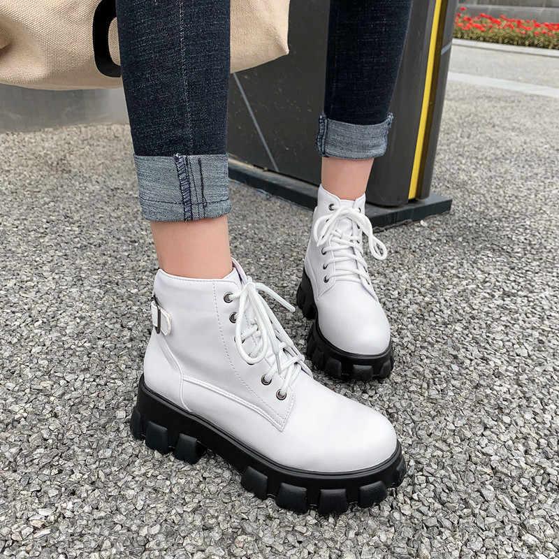 FEDONAS rahat ayakkabılar kadın spor Flats platformu botları kış yeni büyük boy tıknaz topuklu kadın yarım çizmeler Punk motosiklet botları