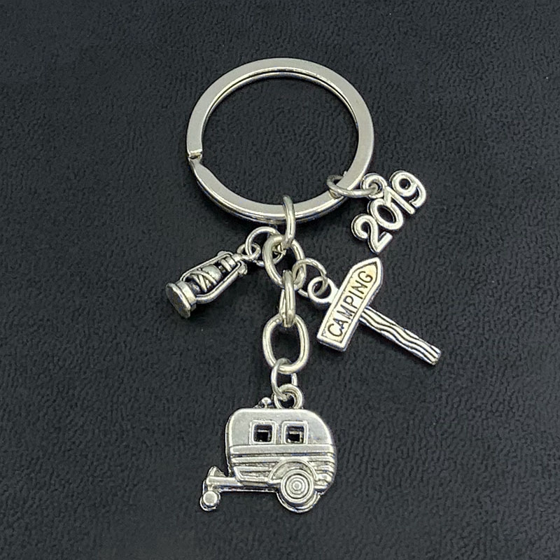 1 Piece Camping Road Sign Key Ring Horse Light Pendant Key Chain Adventure Forest Theme Jewelry Wholesale